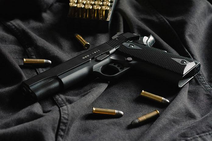 Jak legalnie kupić broń w Polsce